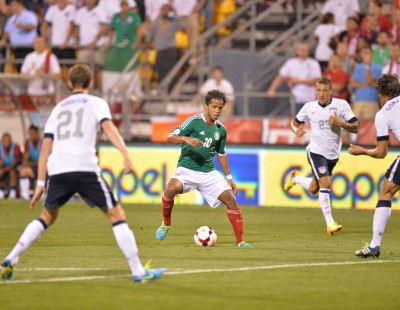 Columbus, OH - September 10, 2013 - Columbus Crew Stadium: Giovani Dos Santos (10) of the Mexico Men's National Soccer team during a FIFA World Cup Qualifier match (Photo by Scott Clarke / ESPN Images)