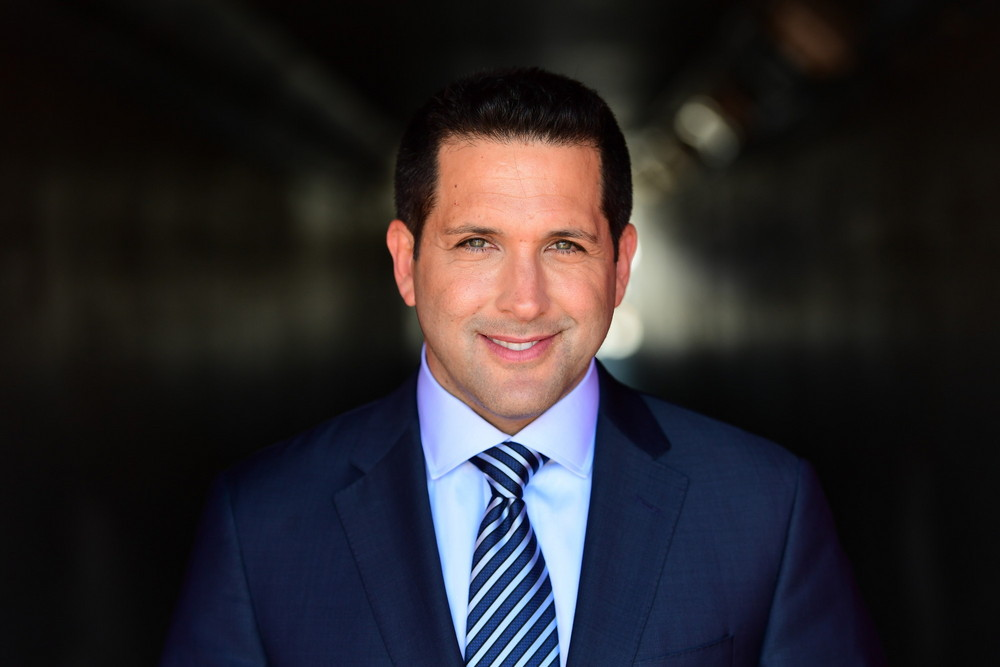 The 54-year old son of father (?) and mother(?) Adam Schefter in 2021 photo. Adam Schefter earned a 1.2 million dollar salary - leaving the net worth at  million in 2021