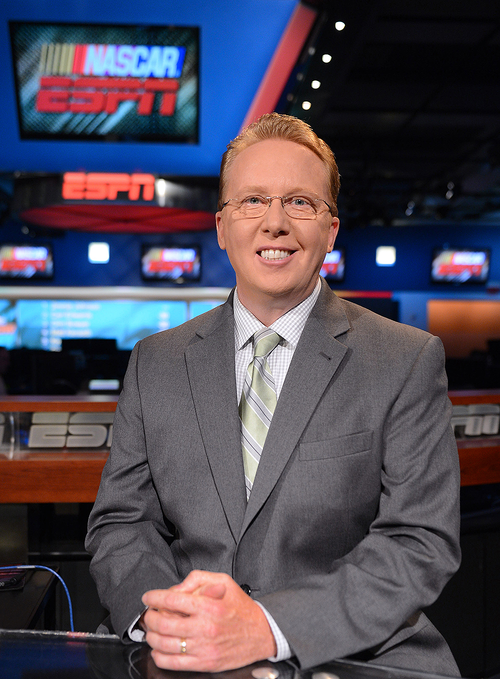 ricky craven to remain with espn as nascar analyst
