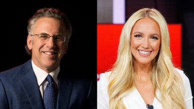 Photo of ESPN Re-Signs SportsCenter Anchors Neil Everett, Ashley Brewer to New Contracts